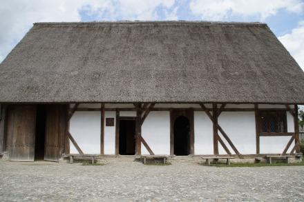 bach-ritterburg-1588577_1920